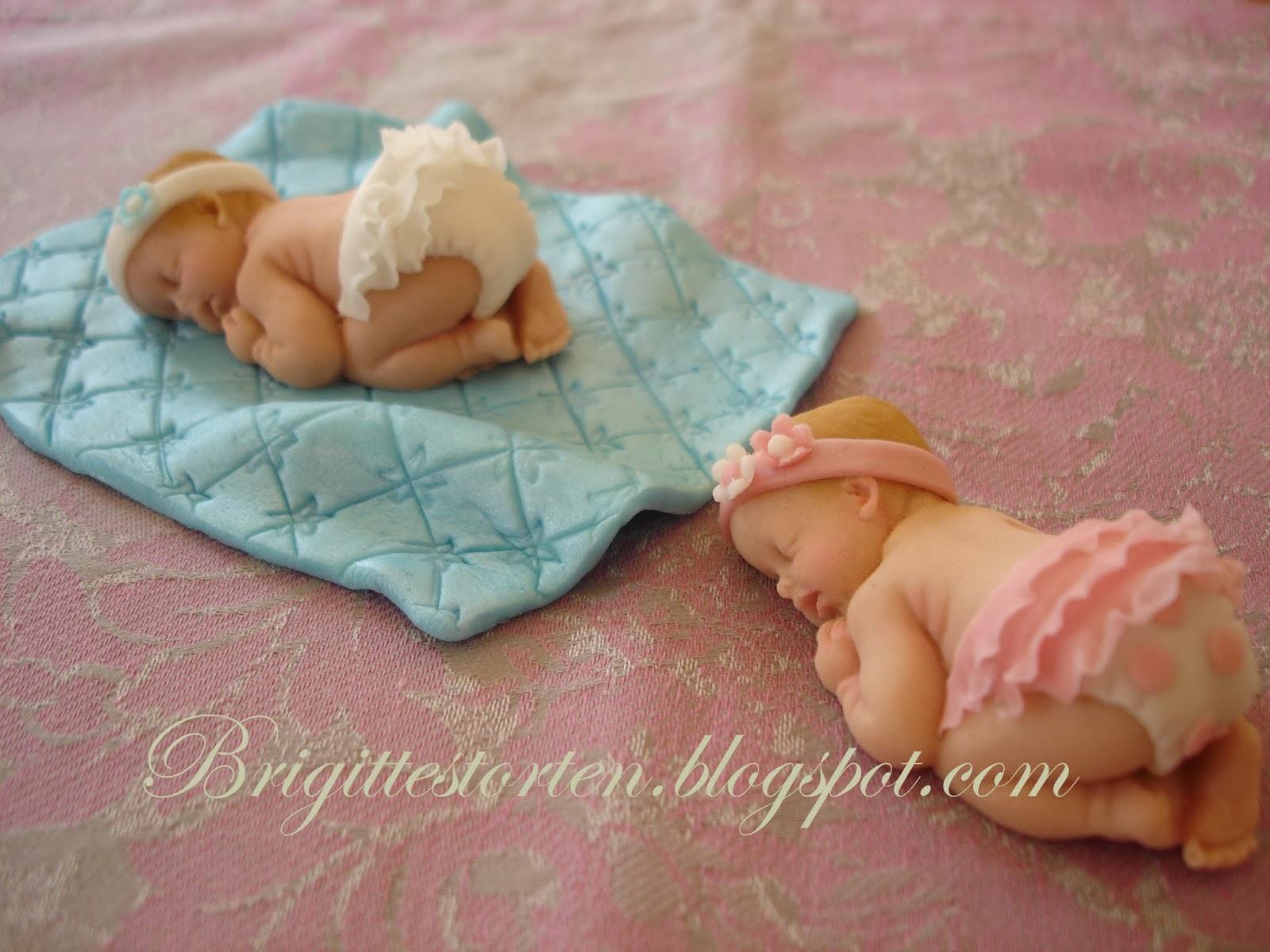brigittes tortendesign babys als deko f r die tauftorte. Black Bedroom Furniture Sets. Home Design Ideas