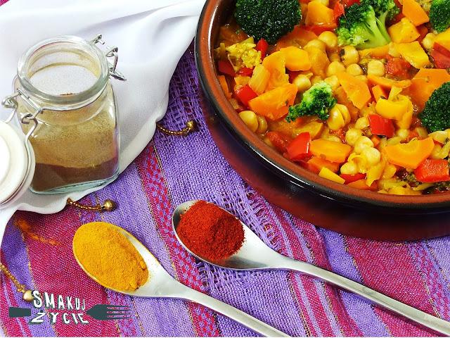 Curry z ciecierzycą i warzywami (wegańskie)