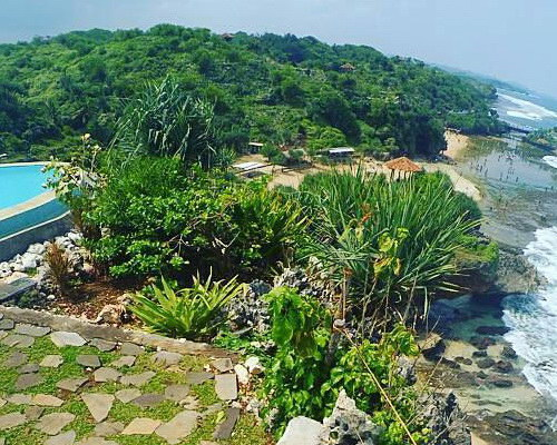 Tinuku.com Inessya Resort designing coastal topography hilly landscape Gunung Kidul expose Indian Ocean more dramatic