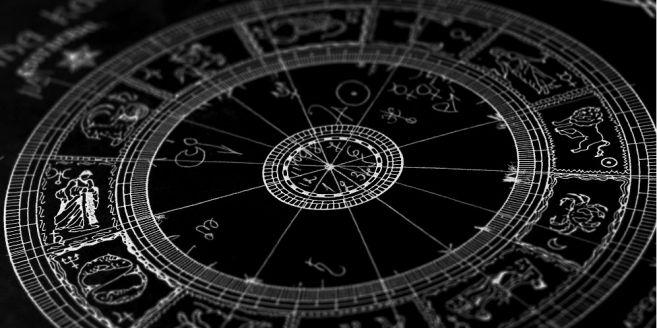 Inilah 3 Zodiak yang Berpotensi Menjadi Penyuka Sesama Jenis
