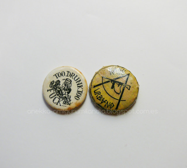 punk pin button vintage
