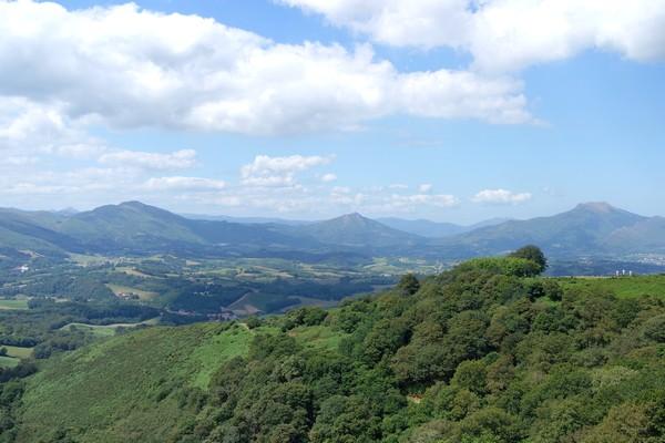 pays basque ainhoa randonnée facile pyrénées panoramique la rhune oratoire