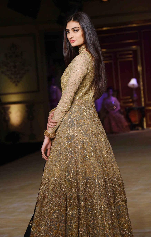 Athiya Shetty, Bhumi Pednekar at India Couture Week 2017