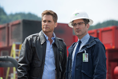 Rob Lowe and Thomas Lennon in Monster Trucks (44)