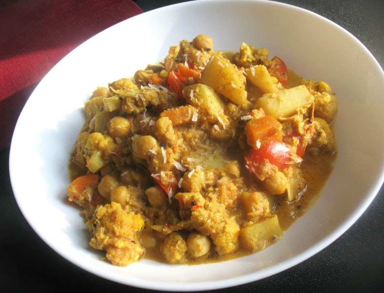 South Indian Chickpea, Cauliflower and Potato Coconut ...