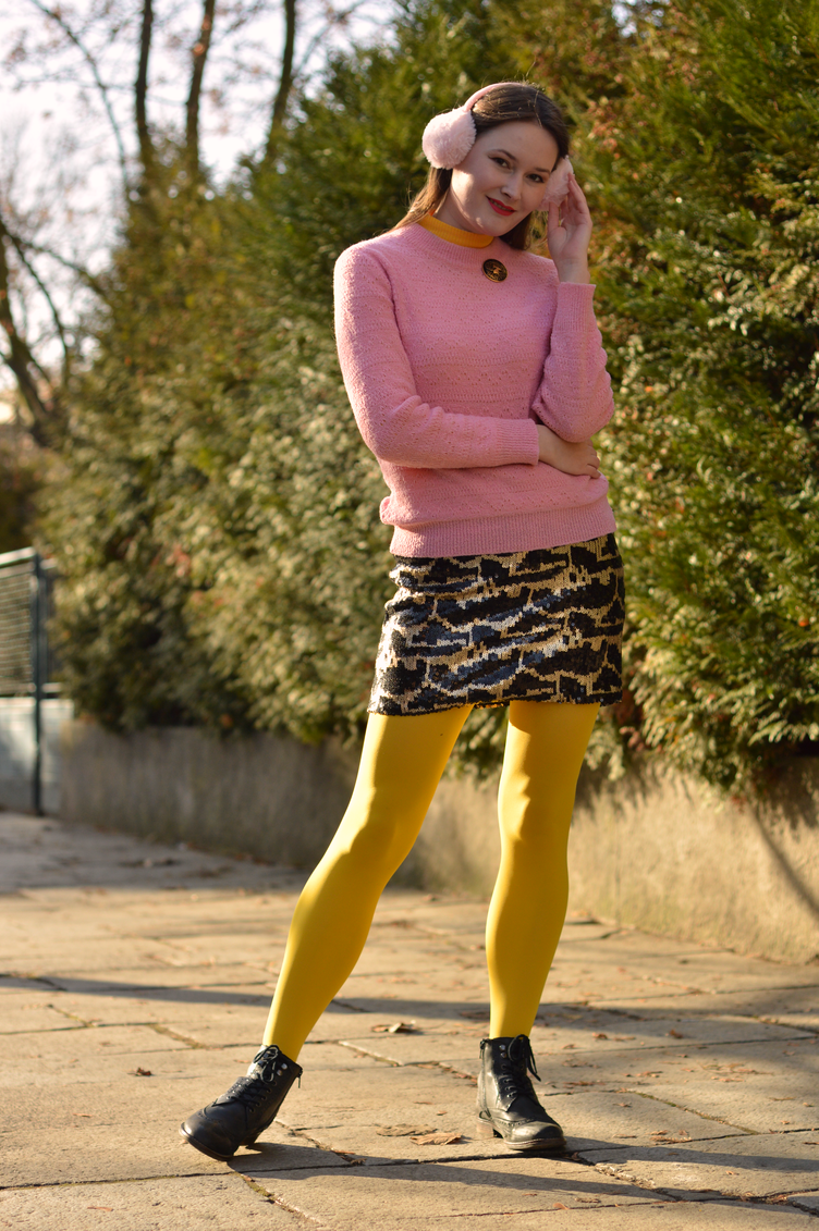new year´s eve outfit, padmé outfit, georgiana quaint, pink yellow outfit, happy new year, party outfit, bloggerka cz silvestr, outfitová inspirace, silvestr outfit, earmuffs, oslava silvestra, new years eve celebrations
