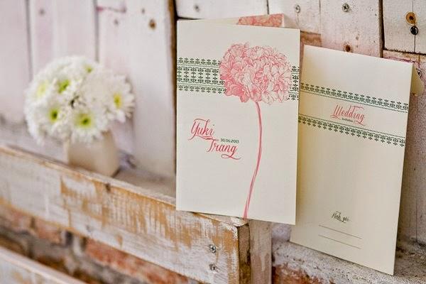 Thiệp cưới đẹp với phong cách Vintage nhẹ nhàng 3