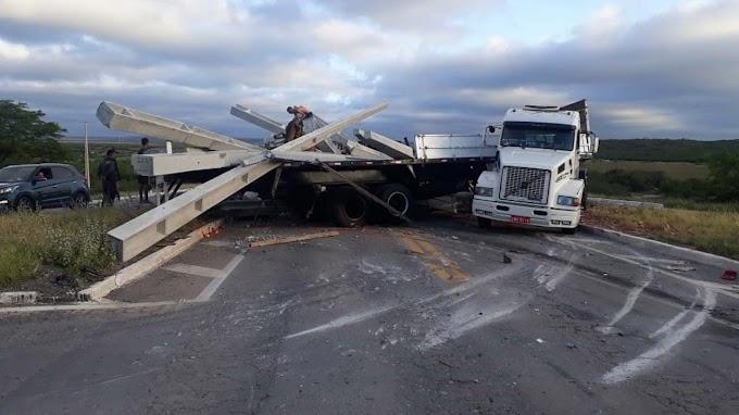 Motorista de caminhão morre em acidente na região de Morro do Chapéu