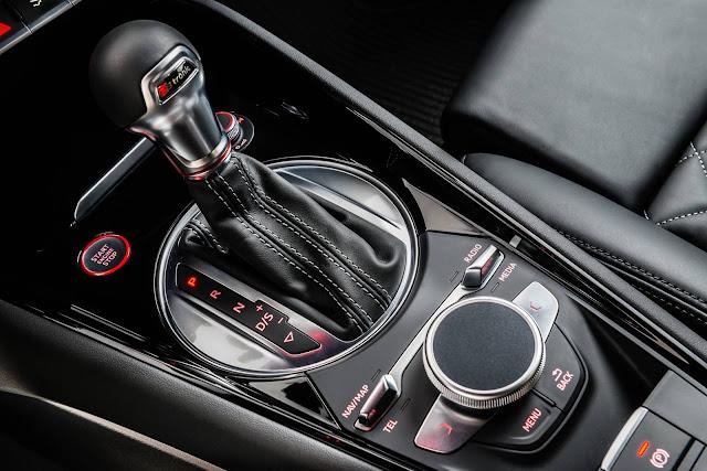 Novo Audi TTS 2016 - interior