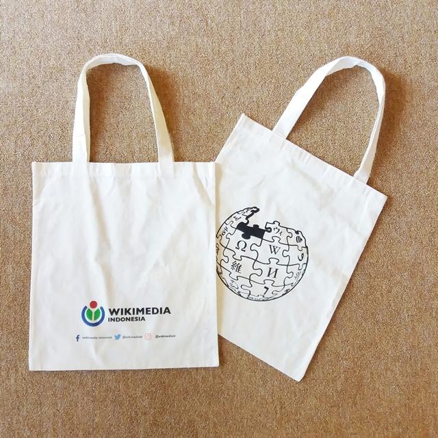 porinto-print-tote-bag