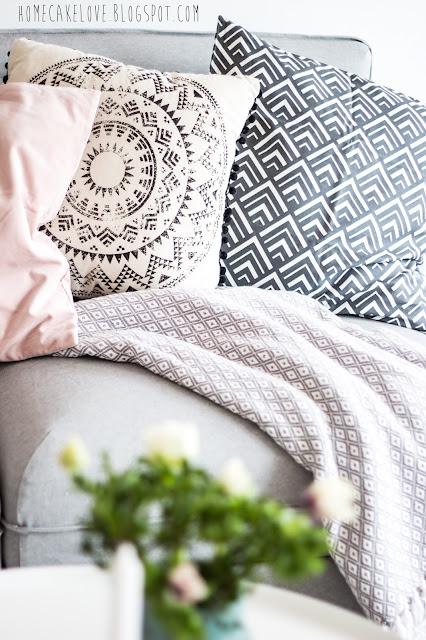 pixers onlineshop, leinwandbild von pixers, frida kahlo, wohnzimmer in pastellfarben, ikea  sofa vallentuna