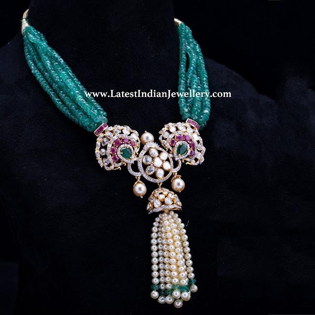 Regal Emerald Beads Diamond Necklace