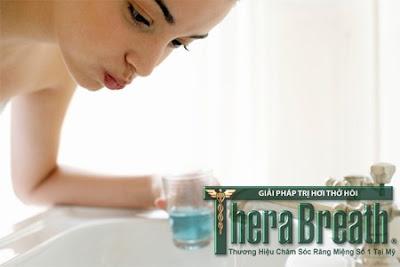 Điều trị hôi miệng hiệu quả cần tránh SLS trong nước súc miệng