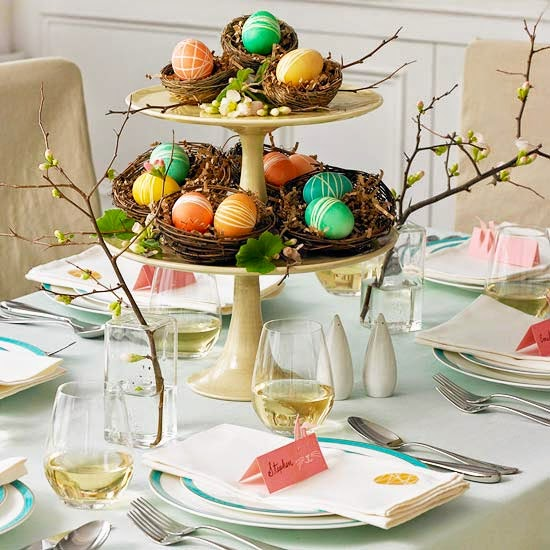 http://www.bhg.com/holidays/easter/decorating/easter-table-setting-ideas/?socsrc=bhgpin022313nestsetting&page=3&crlt.pid=camp.s5oyf2DM22XF#page=12