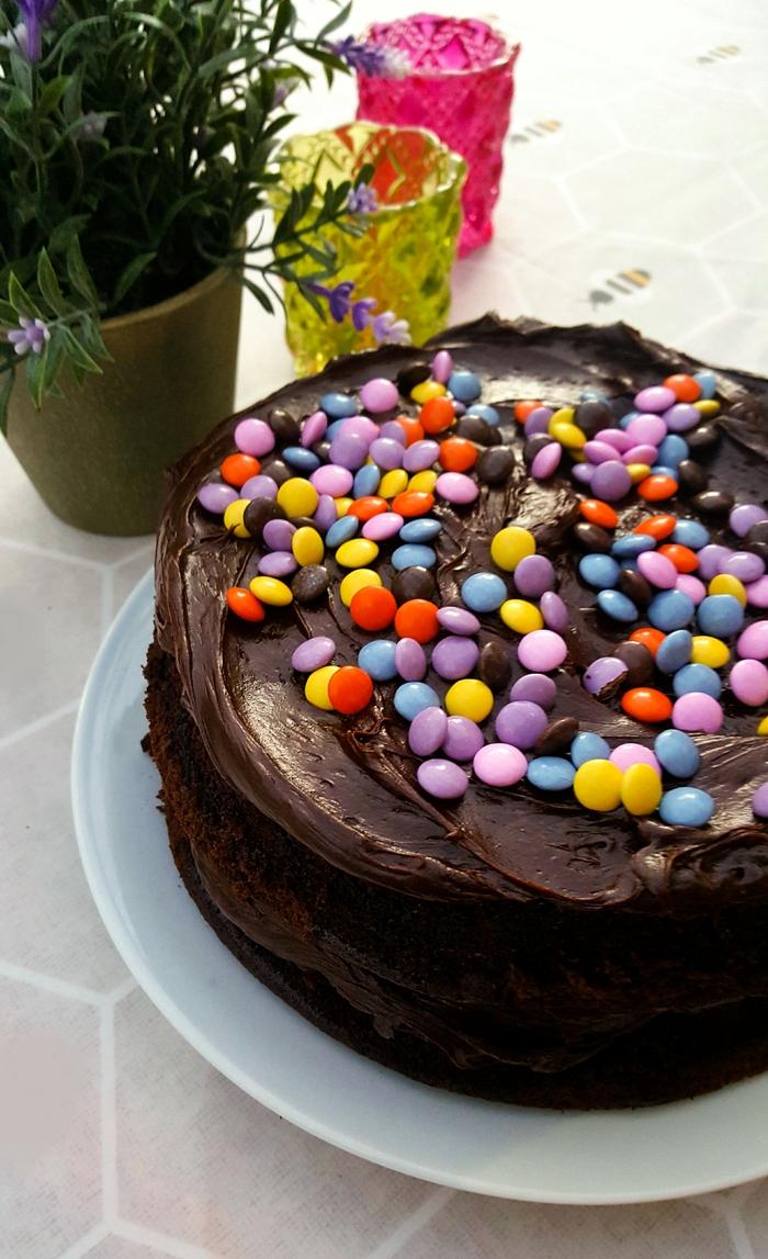 Back to School Gooey Chocolate Cake