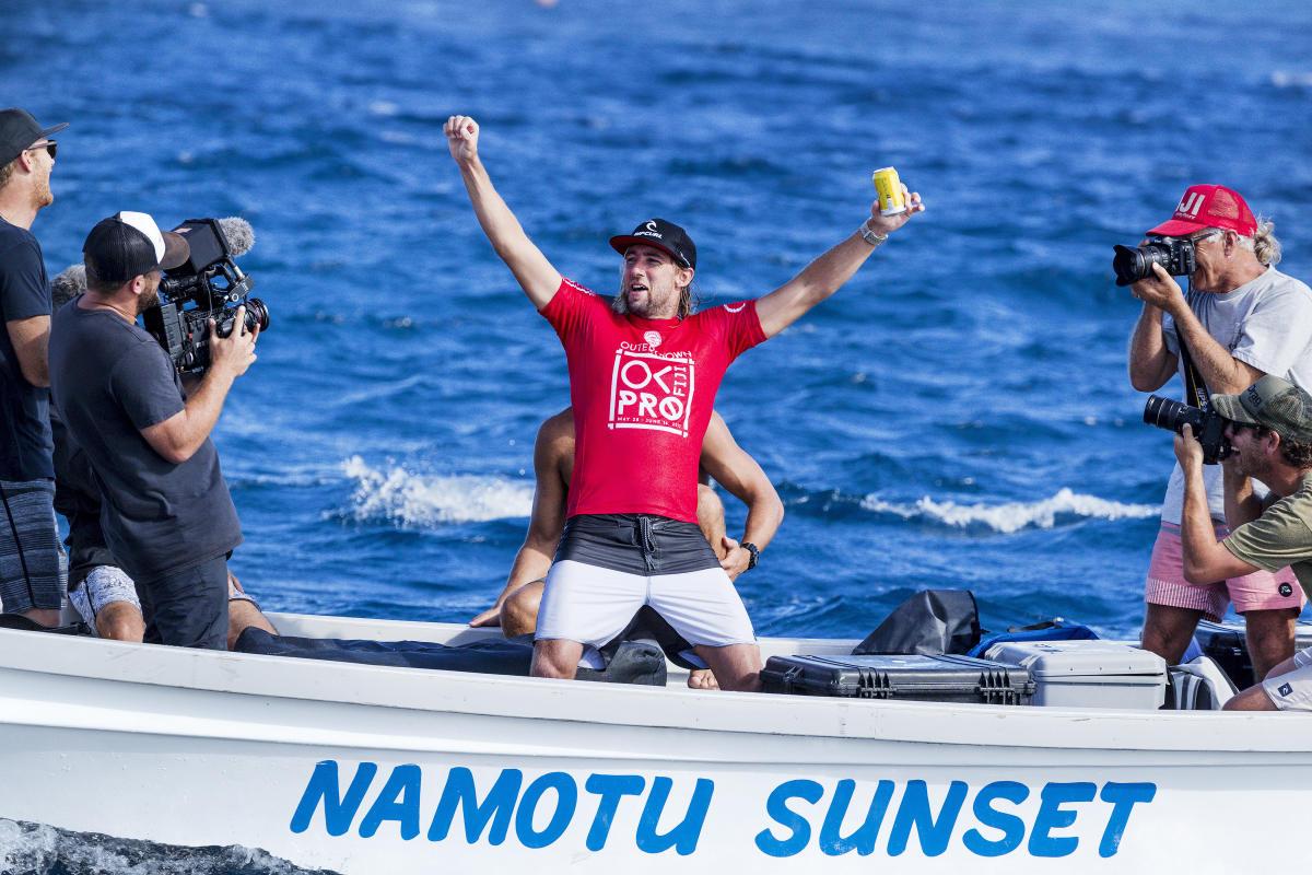0 Matt Wilkinson Outerknown Fiji Pro foto WSL Kelly Cestari