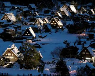 Desa Lampu Malam di Shirakawa-Go