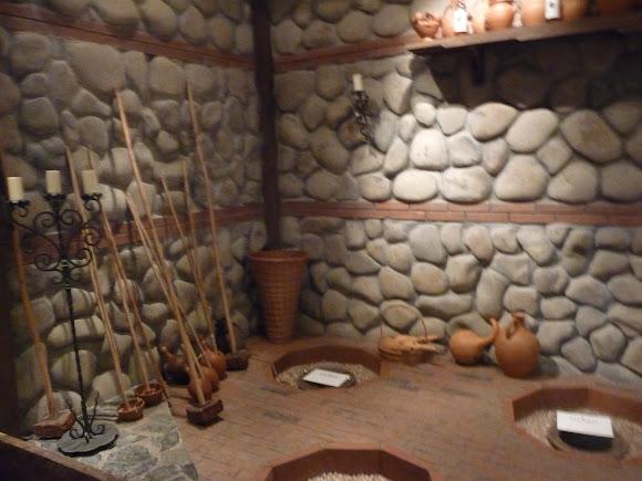 Шабо. Центр культури вина. Музей. Експозиція предметів виноробства з Грузії