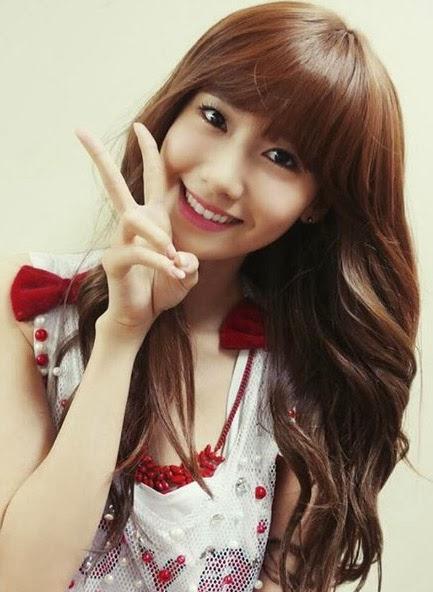 Model gaya potongan rambut segi panjang ala artis korea ...