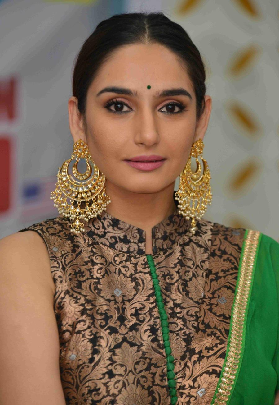 Ragini Dwivedi at Adhyaksha In America Film Success Meet