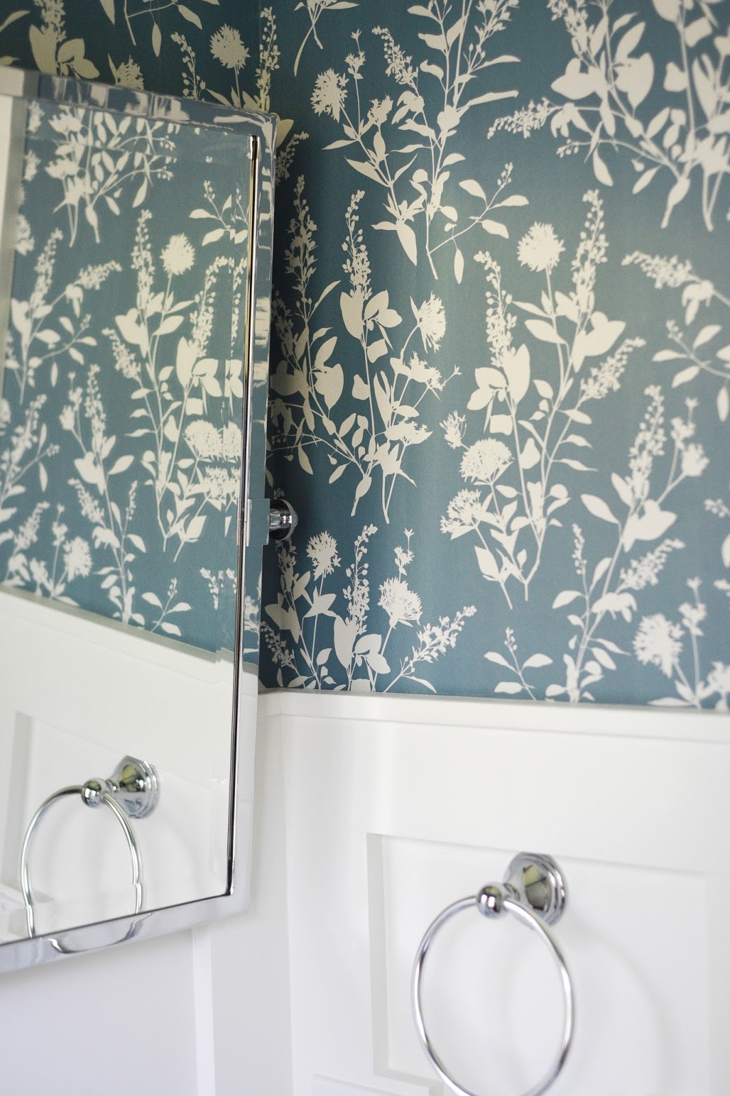 Wallpaper powder room home with keki - Powder room wallpaper ideas ...