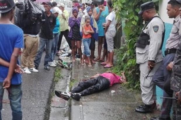 Desconocidos matan dos a tiros en SFM
