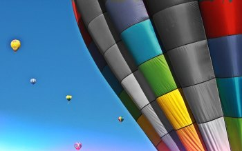 Wallpaper: Colorful Hot Air Balloons