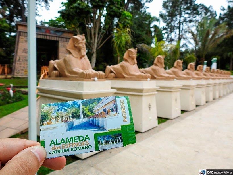 Complexo Luxor e a alameda das esfinges no Museu Egípcio em Curitiba, Paraná: como visitar