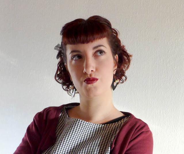 coiffure rétro cheveux courts