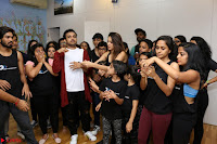 Kiara Advani Black Tank Top Tight leggings Tu Cheez Badi Hai Mast Mast~  Exclusive 11.JPG