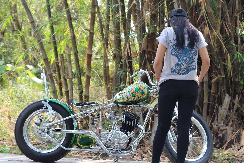 Lady Biker Chopper Motor Custom Honda Tiger
