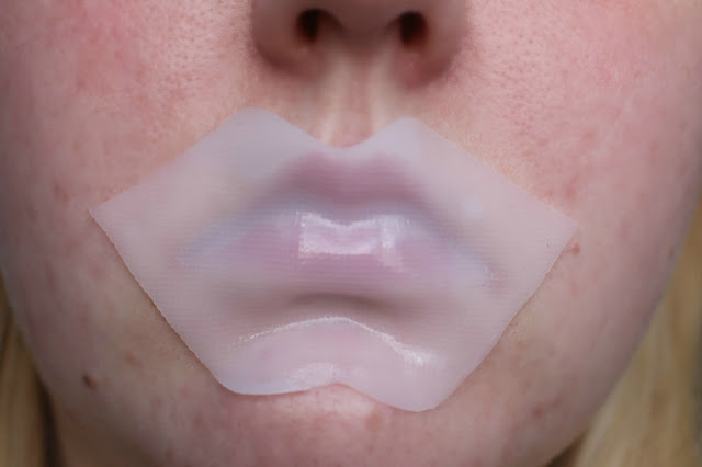 Photograph of the Kiko Intensive Lip Mask in action