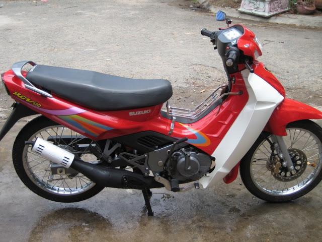 Xe 2 thì huyền thoại của Suzuki sport