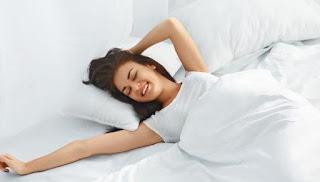 Kenali 15 Rutinitas Tidak baik Waktu Bangun Tidur yang Membuat Pagi Anda Tidak Semangat