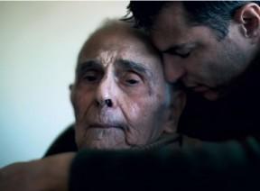 Resultado de imagem para o velho pai e o filho jovem