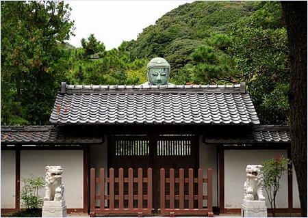 วัดโคโตกุ (Kotokuin Temple)