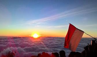 4 Jalur Pendakian Gunung Cikuray, Garut, Manakah Jalur yang Paling Ideal Untukmu?