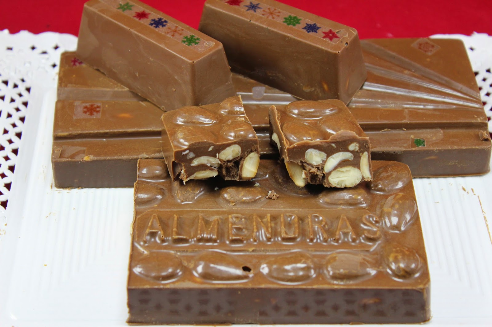 Turrón de chocolate y almendra Thermomix