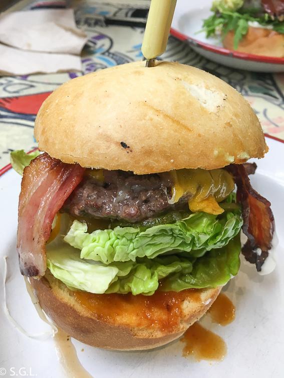 La Brasa Canalla. La mejor hamburguesa de Bilbao. Txis BBQ