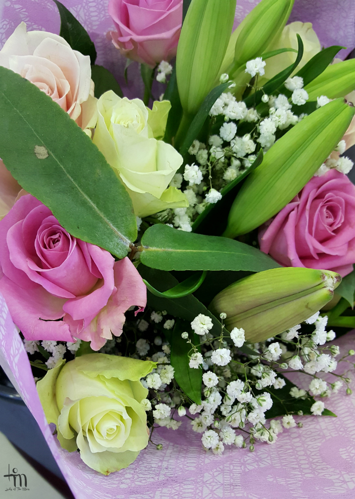 ruusukimppu - naistenpäivä