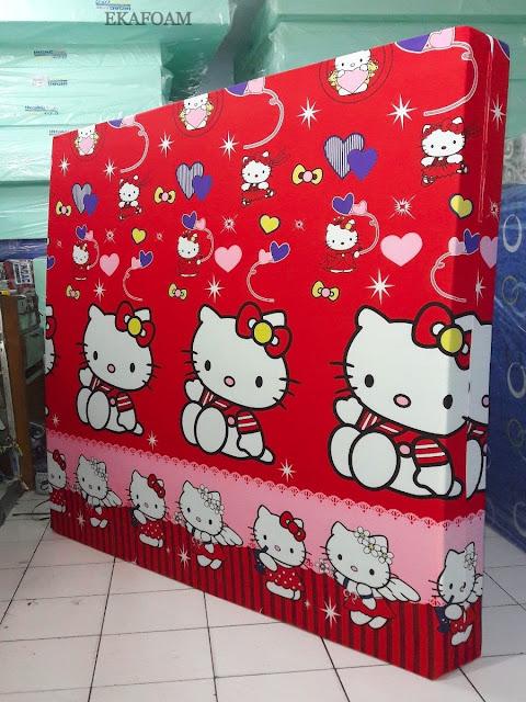 Kasur inoac motif Hello kitty merah