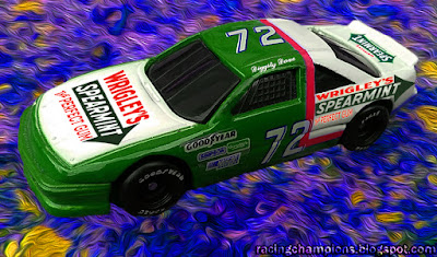 Diggity Dave #72 Wrigley's Spearmint Gum Pontiac NASCAR Racing Champions Blog 1/64 Custom Photoshop