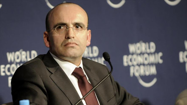 Turquía admite: Solución para Siria ya no puede excluir a Al-Asad