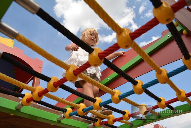 Plac zabaw w Parku miniatur MiniEUROLAND w Kłodzku - top atrakcja turystyczna Ziemii Kłodzkiej