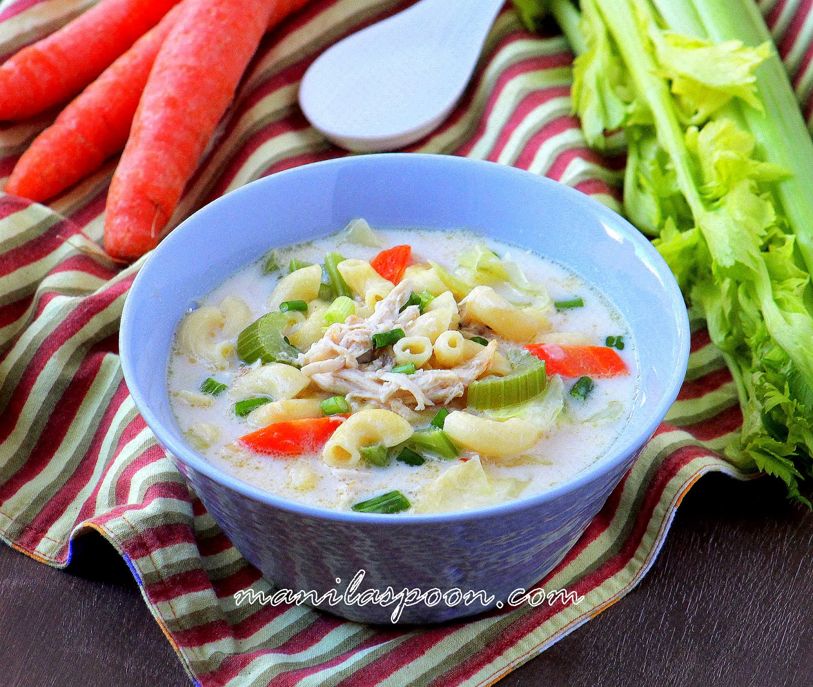Creamy chicken sopas filipino chicken macaroni soup manila spoon if forumfinder Choice Image