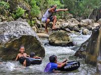 Sensasi Water Tubing di bawah kaki pegunungan