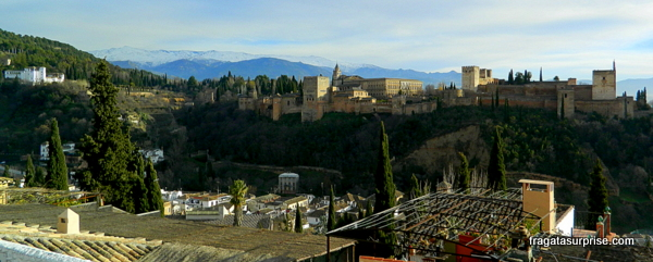 A Alhambra vista do bairro do Albaicín - Granada