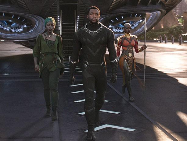 Siêu anh hùng giàu hơn cả Iron man: Cuộc đời thật hoàn toàn trái ngược -2