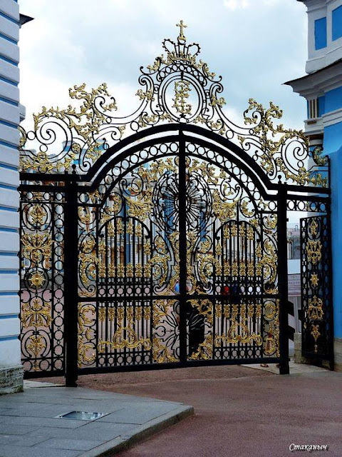 Beautiful%2BGates%2BDesigned%2B%2526%2BInstalled%2Bfor%2BYour%2BDriveway%2B%252816%2529 Beautiful Gates Designed & Installed for Your Driveway Interior