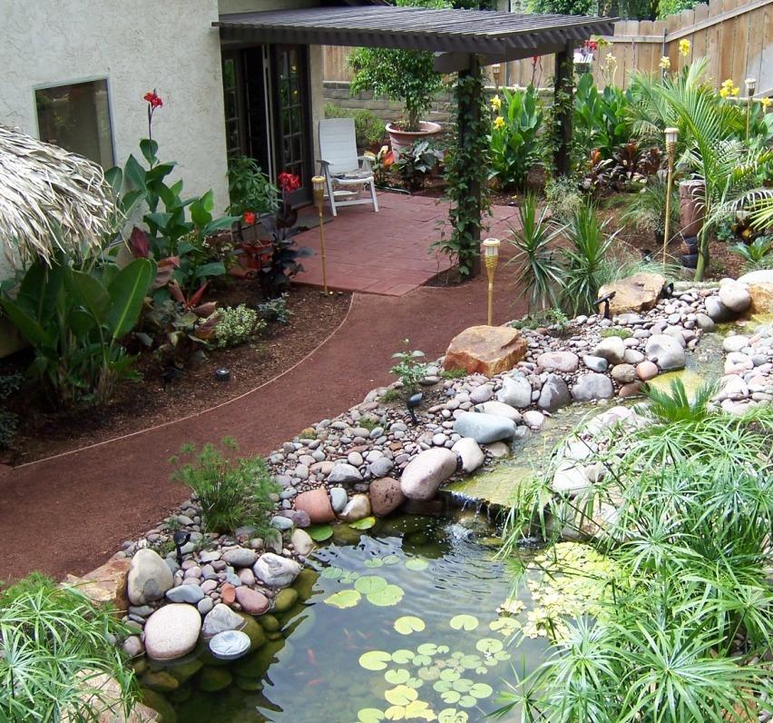 The 2 Minute Gardener Photo Red Decomposed Granite Pathway